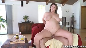 Fatty Lisa Sparxxx pleases younger guy in the matter of massive deep throat and hard anal