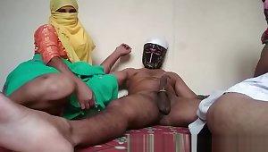 Indian Bhabhi Set up sex Stepson Fucking Mom In Home