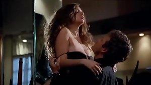 Debora Caprioglio - Spiando Marina (Sexy scene italian movie)