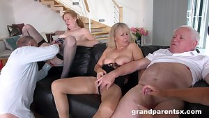 Amateur group sex the final blow younger and older people at home