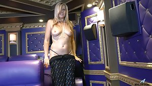 Kinky blonde mature Velvet Skye takes not present her clothes to play